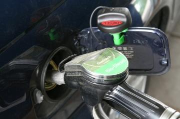 С 1 января 2019 года поднимаются акцизы на бензин